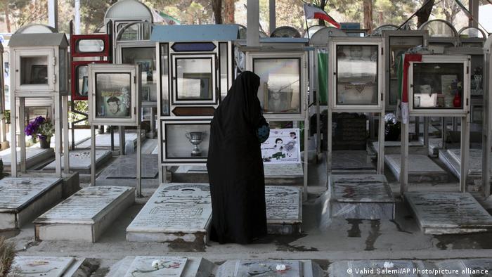 Iran Nowruz Neujahr Behesht-e Zahra Friedhof