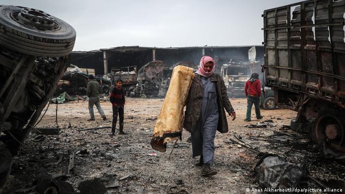 Syrien | Trauer und Zerstörung nach Luftangriff | TABLEAU