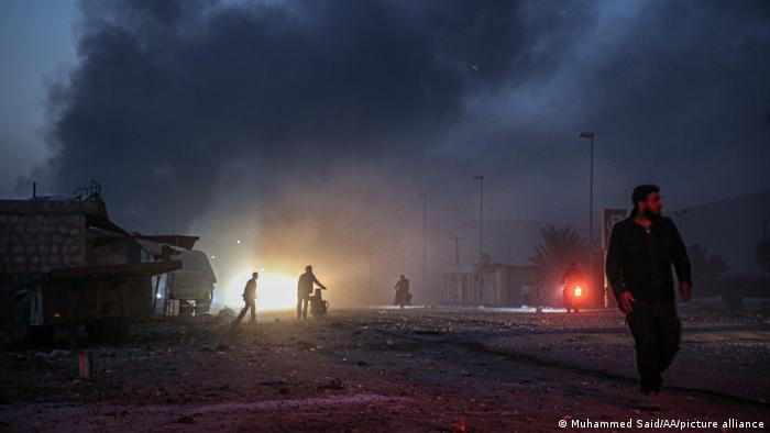 Syrien   Trauer und Zerstörung nach Luftangriff   TABLEAU