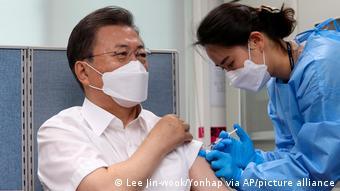 Südkorea Covid-19 Impfung Präsident Moon Jae-in
