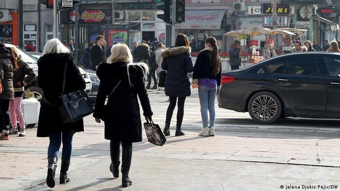 Žene na ulicama Niša