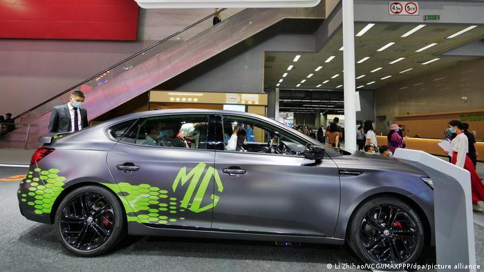 خودروی چینی مدل MG ساخت شرکت SAIC است که نیمی از آن متعلق به شرکت فولکس واگن است. این مدل با فروش ۴۰ هزار و ۷۲۶ دستگاه در میان پانزده خودروی پرفروش سال ۲۰۲۰ جای گرفته است.