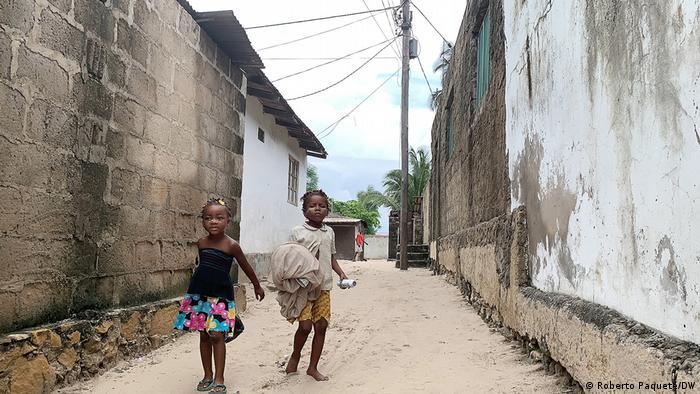 BG I Alltag und Militarismus in Cabo Delgadoc