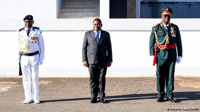 Mosambik Maputo Joaquim Rivas Mangrasse and Filipe Nyusi