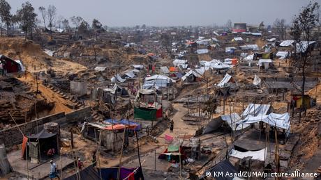 Bangladesch   Brand zerstört Ronhingya Flüchtlingscamp in Cox's Bazar