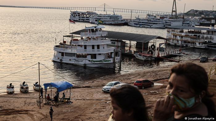Schiffsanleger in Manaus