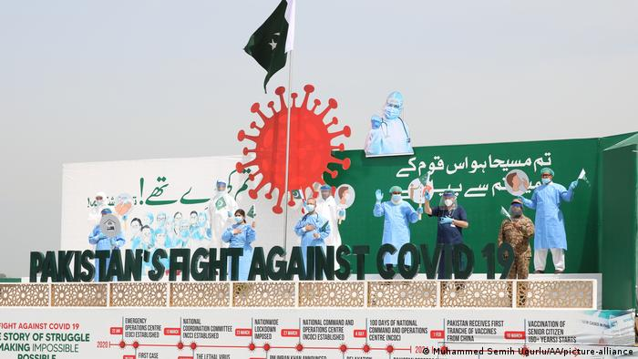 Pakistani authorities also paid tribute to doctors fighting the pandemic