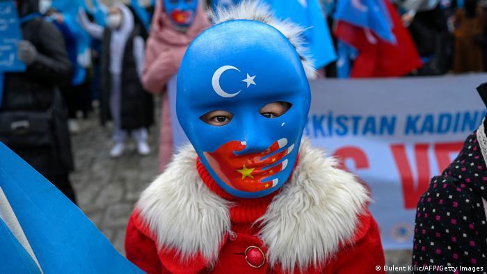 43 ülke Uygurlar için Çin'i kınadı