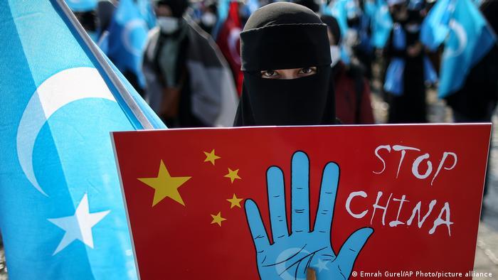 Weltspiegel | 26.03.2021 | Uighuren | Tableau
