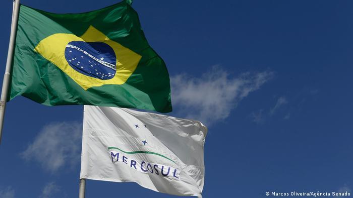 Mercosur und Brasiliens Flaggen