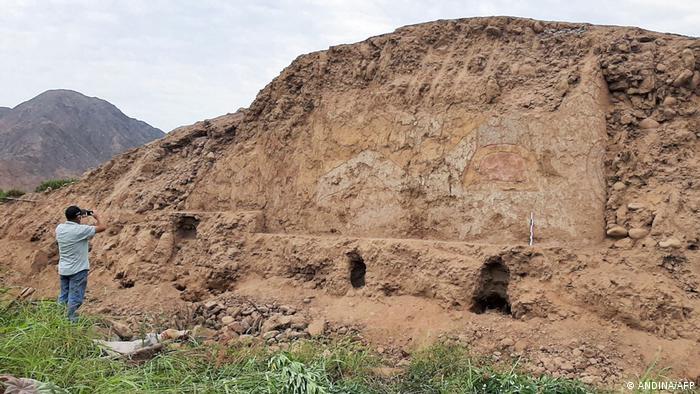 Peru Wandmalereien der Cupisnique entdeckt