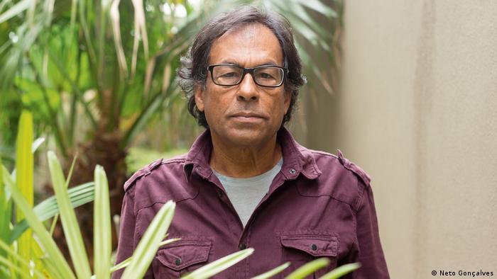 Ailton Krenak, filósofo indígena de Brasil.