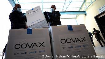 Palästina COVID-19   COVAX Initiative   Ankunft der Impfstoffe