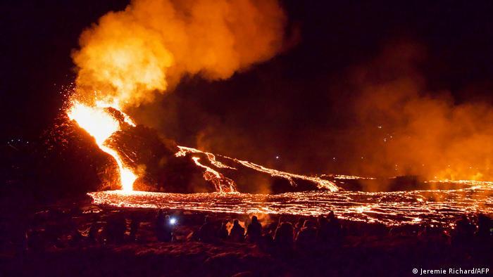 BdTD | Island | Lavastrom am Fagradalsfjall Vulkan