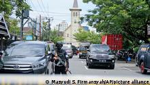 Indonesien Makassar   Explosion Katholische Kirche