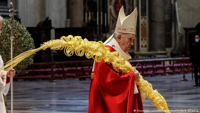 البابا فرنسيس في قداس أحد الشعانين للمرة الثانية في ظل كورونا.