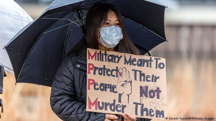 Myanmar - USA | Solidaritätsprotest mmit Myanmar in Saint Paul