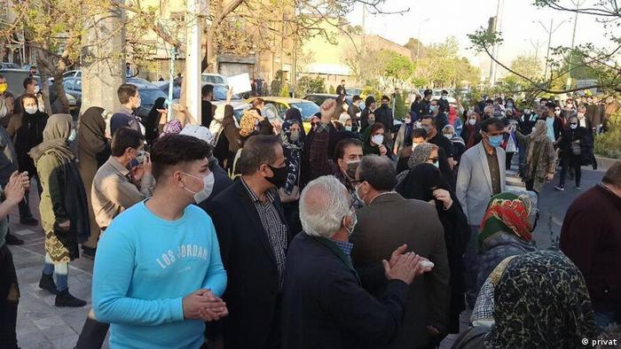 در شهرهای گوناگون ایران تظاهراتی علیه سند راهبردی همکاری ۲۵ ساله ایران و چین برگزار شد