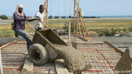 Bauarbeiter in Cotonou