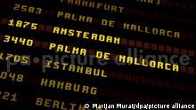 Tableau | Erste deutsche Urlauber auf Mallorca gelandet