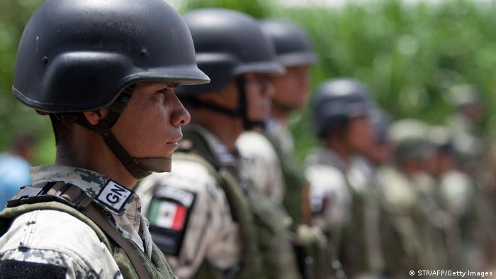 Mexiko Ciudad Hidalgo | Nationalgarde | Soldaten