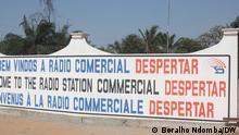 Angola - Eingang des Radio Despertar Hauptquartiers in Luanda