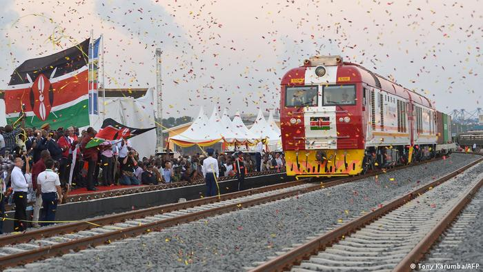 Kenia China Infrastruktur | Zuglinie Mombasa - Nairobi