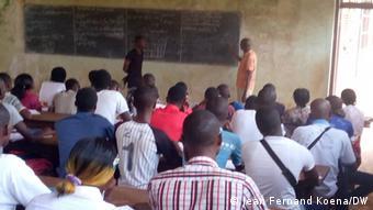 Une classe au lycée Barthelemy Boganda, à Bangui