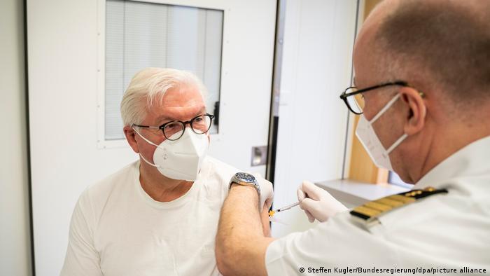 Coronavirus - Impfung Bundespräsident frank-Walter Steinmeier