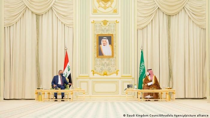 دیدار مصطفی کاظمی، نخستوزیر عراق با محمد بن سلمان، ولیعهد عربستان