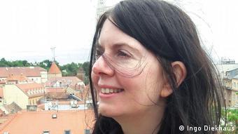 Caroline Kent, Direktorin von Women for Women International in Deutschland
