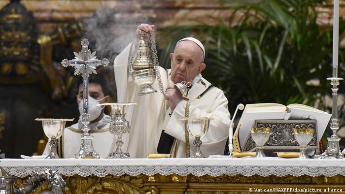 Πάπας / Πάσχα / θεία λειτουργία