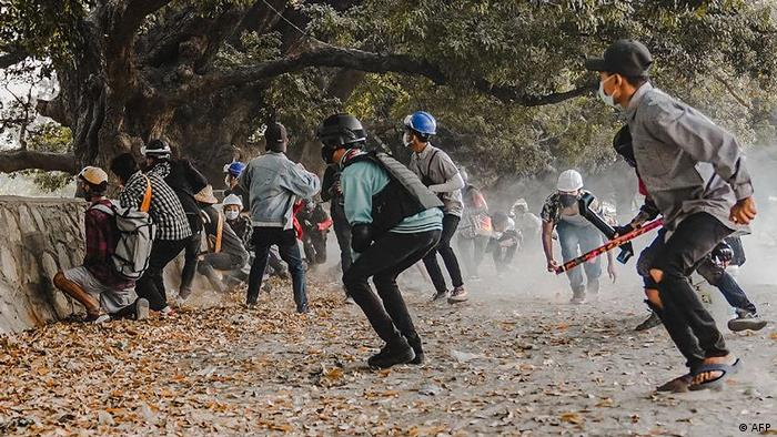 У М'янмі з початку лютого не вщухають протести, які жорстко придушують силовики