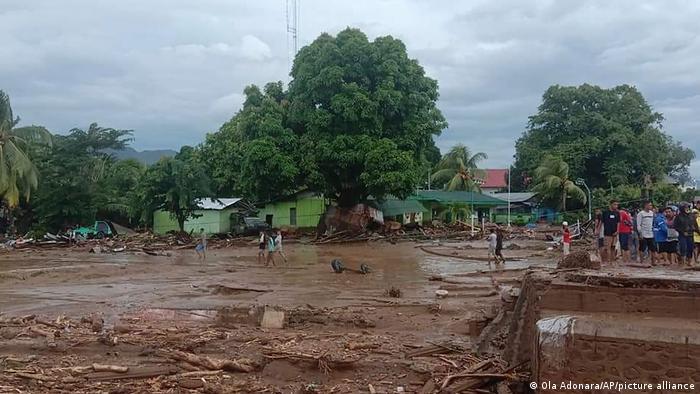 Indonesien | Schäden nach Hochwasser