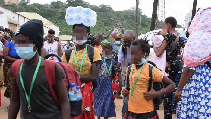 Mosambik Cabo Delgado   Flüchtlinge in Cabo Delgado nach Terror Angriff in Palma