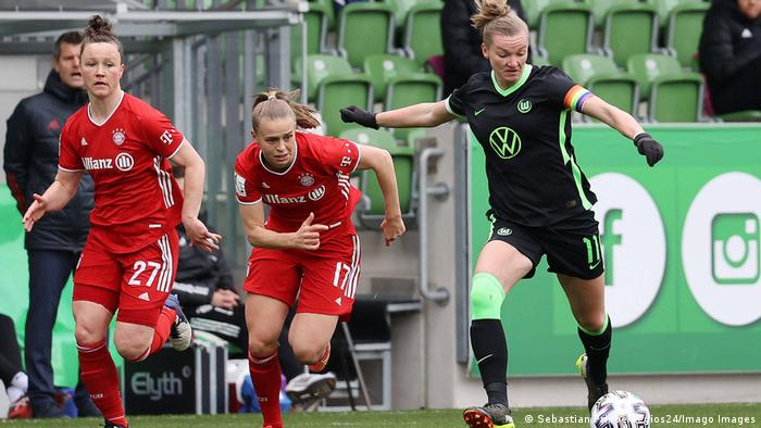 Fussball DFB-Pokal Frauen VfL Wolfsburg - FC Bayern München