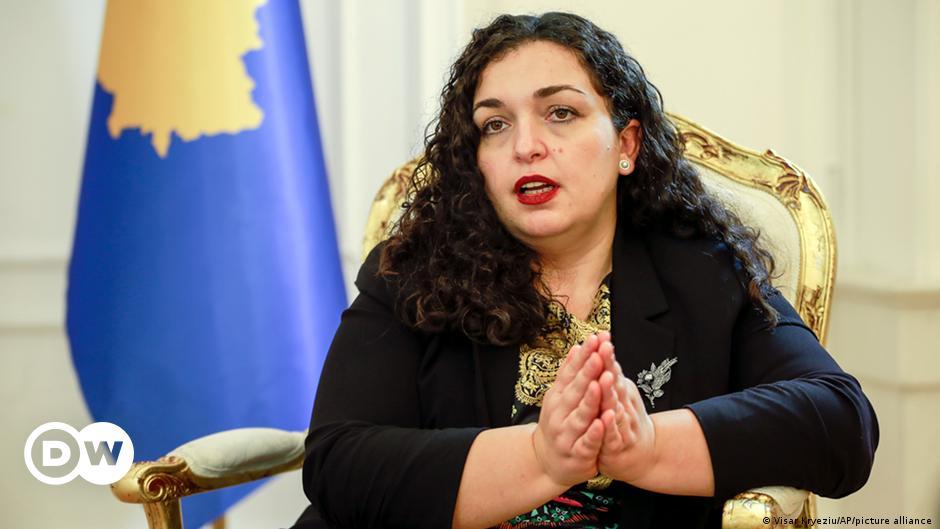 Me kosoves njoftime femra te images.dujour.com