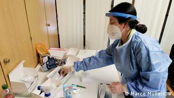 В центре тестирования на коронавирус в Зосте