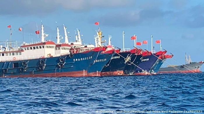 China reclama soberanía de casi todo ese mar, pese a que también se lo disputan cuatro países del sureste asiático y Taiwán.