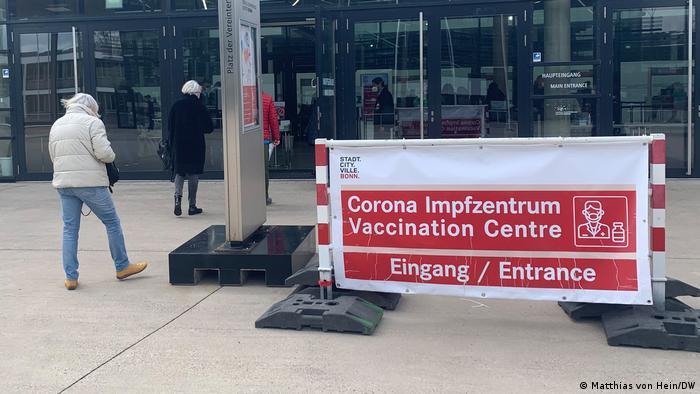 Centro de vacunación en Bonn.