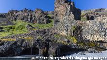 Amazing examples of columnar basalt on the southern coast of Disko Island, Kuannersuit, Greenland, Polar Regions PUBLICATIONxINxGERxSUIxAUTxONLY Copyright: MichaelxNolan 1112-1865 Amazing examples of Columnar Basalt ON The Southern Coast of Disco Iceland Greenland Polar Regions PUBLICATIONxINxGERxSUIxAUTxONLY Copyright MichaelxNolan 1112 1865