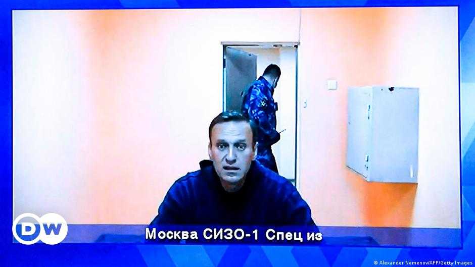 Alexei Navalny fighting for his life and against time