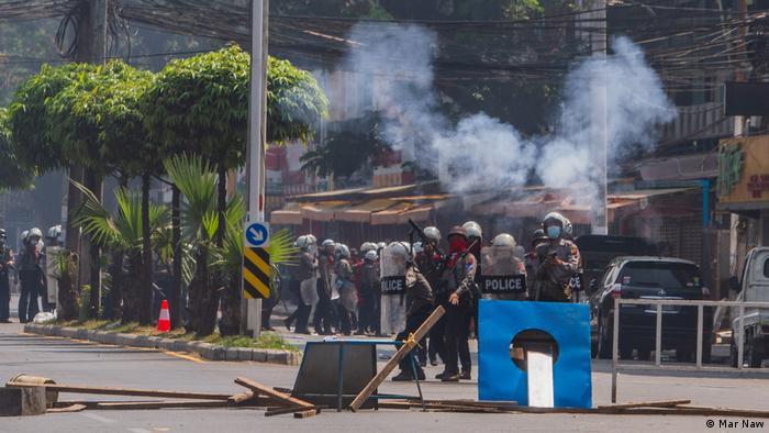 Myanmar armed forces riot