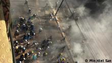 Myanmar Sicherheitskräfte gehen mit Gewalt gegen die Demonstranten in Yangon vor / SPERRFRIST beachten!