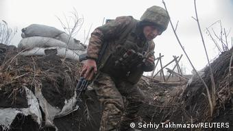 Ουκρανός στρατιώτης σε θέση μάχης