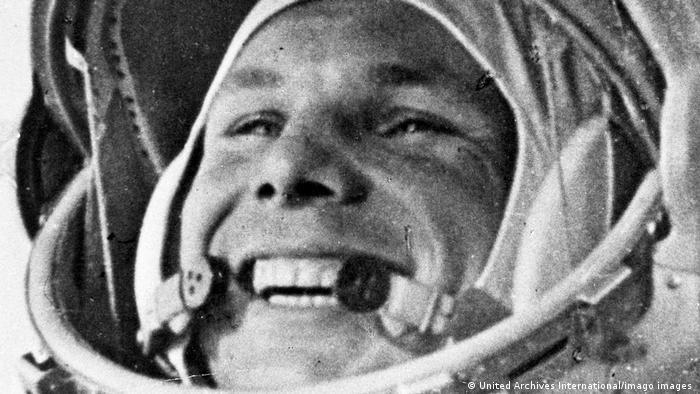 Juri Gagarin en la cápsula Wostok 1, aquí el 1° de abril de 1961