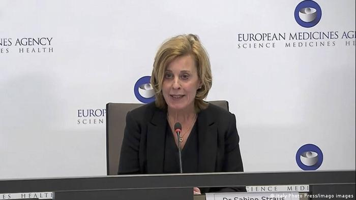 Sabine Straus na konferenciji za novinare