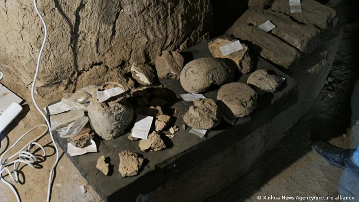 Артефакти, знайдені археологами