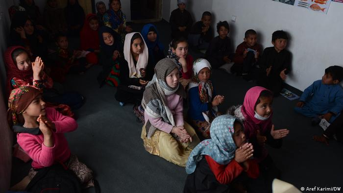 UNICEF United Nations Children's Fund Afghanistan Flüchtlinge Kinder von Familien getrennt