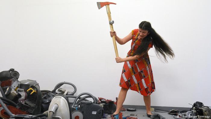 Selma Selman Roma-Künstlerin und Aktivistin